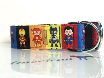 Superbohaterowie zatrzask z zabezpieczeniem 5 cm