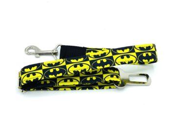 Batman pas samochodowy